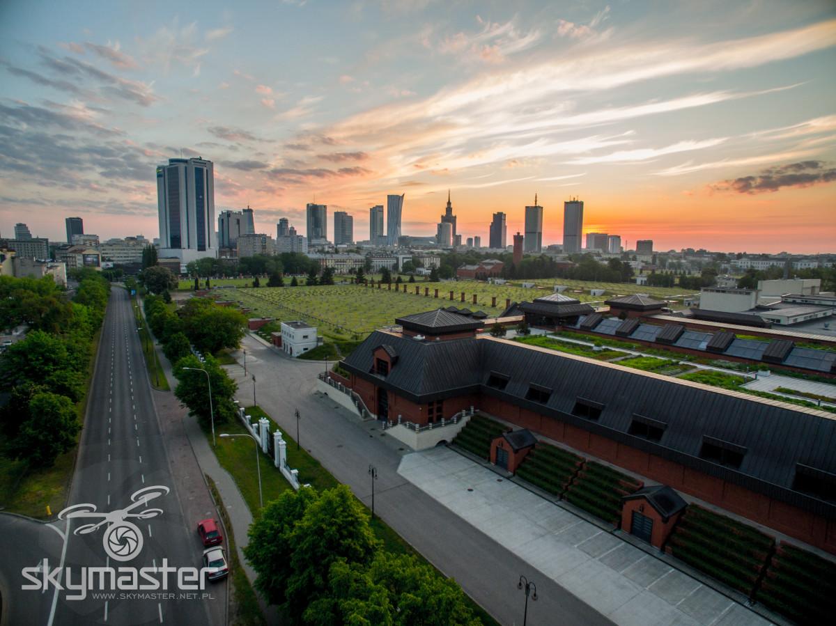 Warszawa zachód słońca zdjęcia z drona