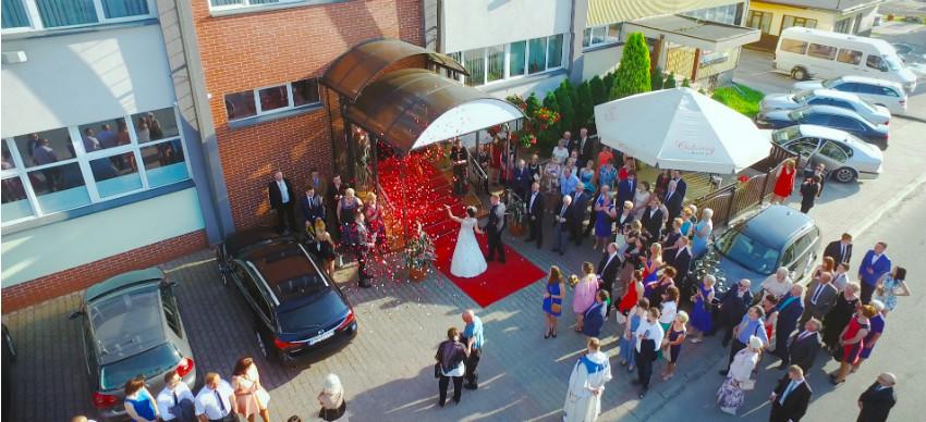 filmowanie wesel i ślubów z drona